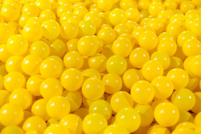 yellow balls yellow zoom background