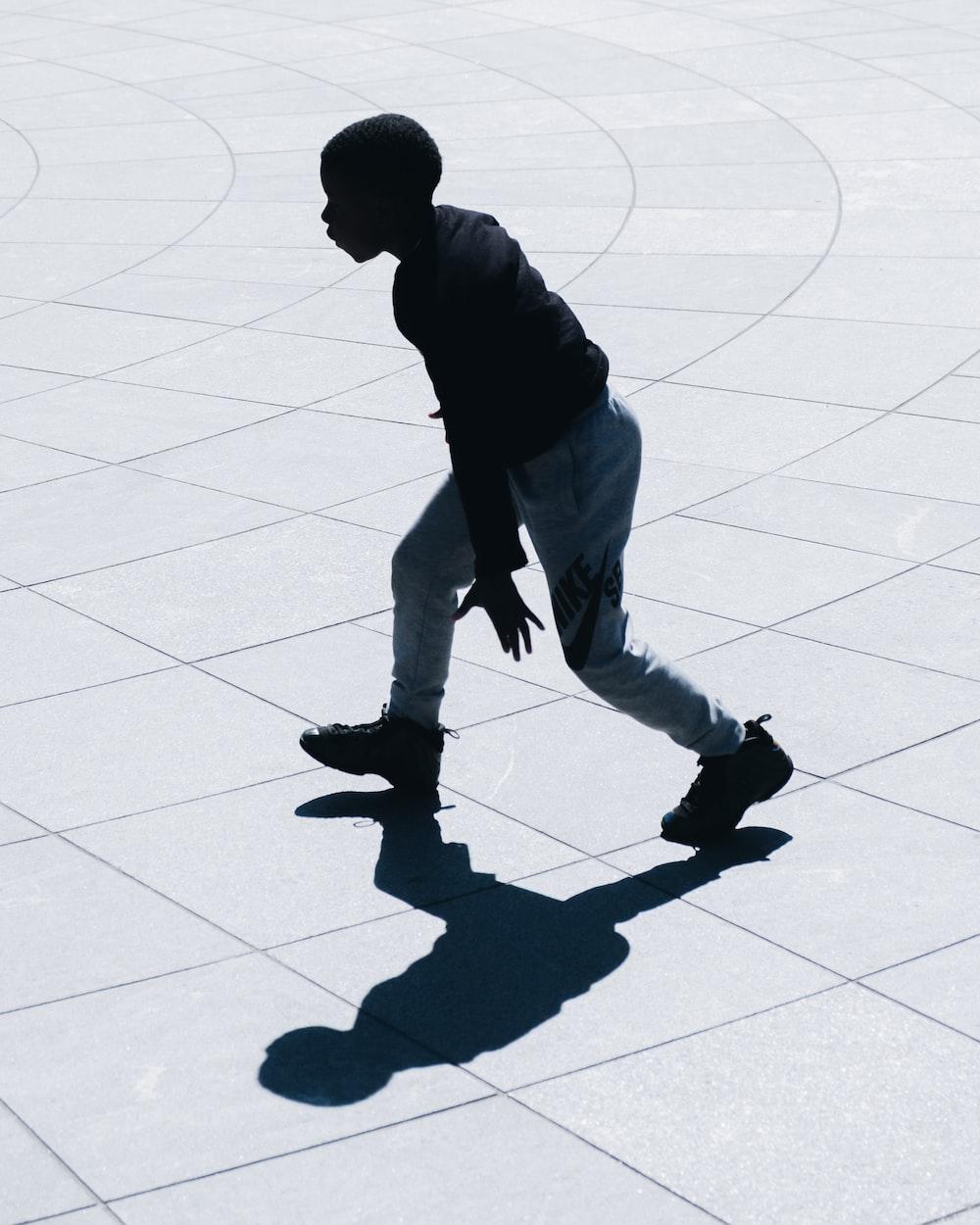 man performing during daytime
