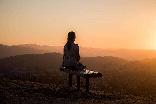 Comment méditer : Notre guide simple pour débuter la méditation