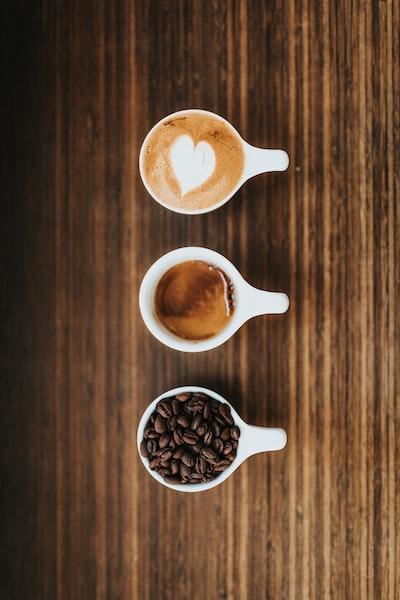 4164. Kávé