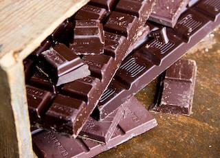 chocolate bar close-up photography