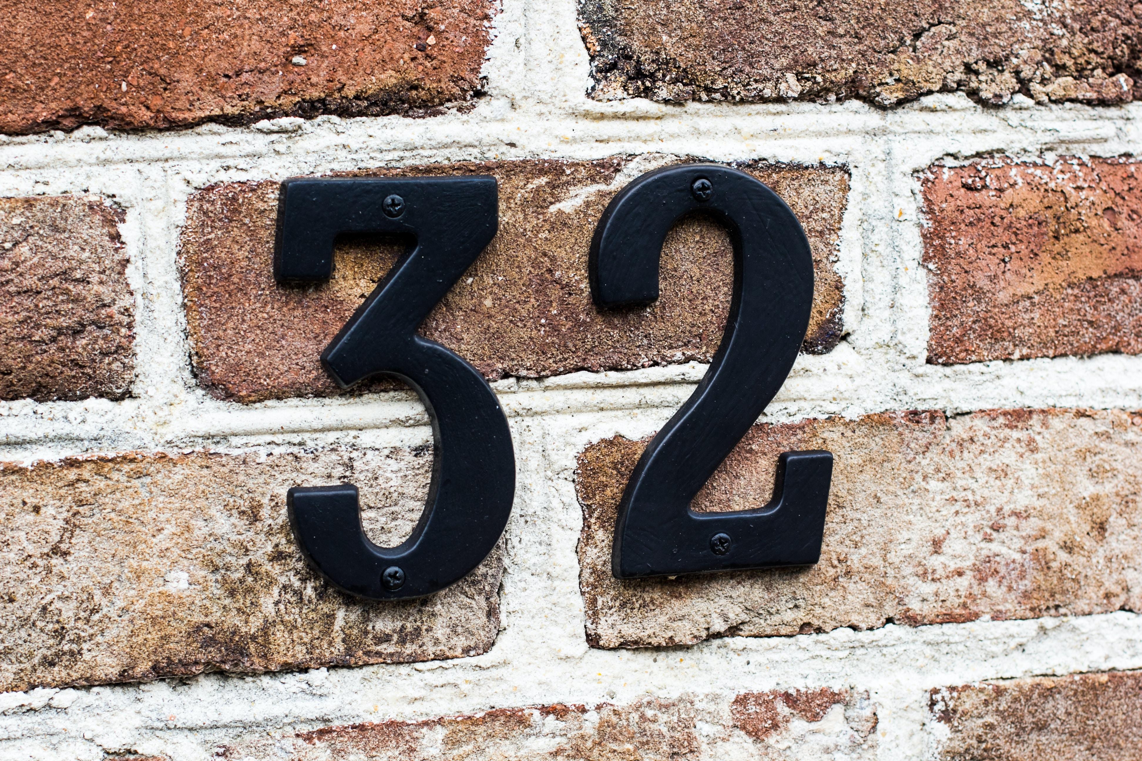 black number 32 signage
