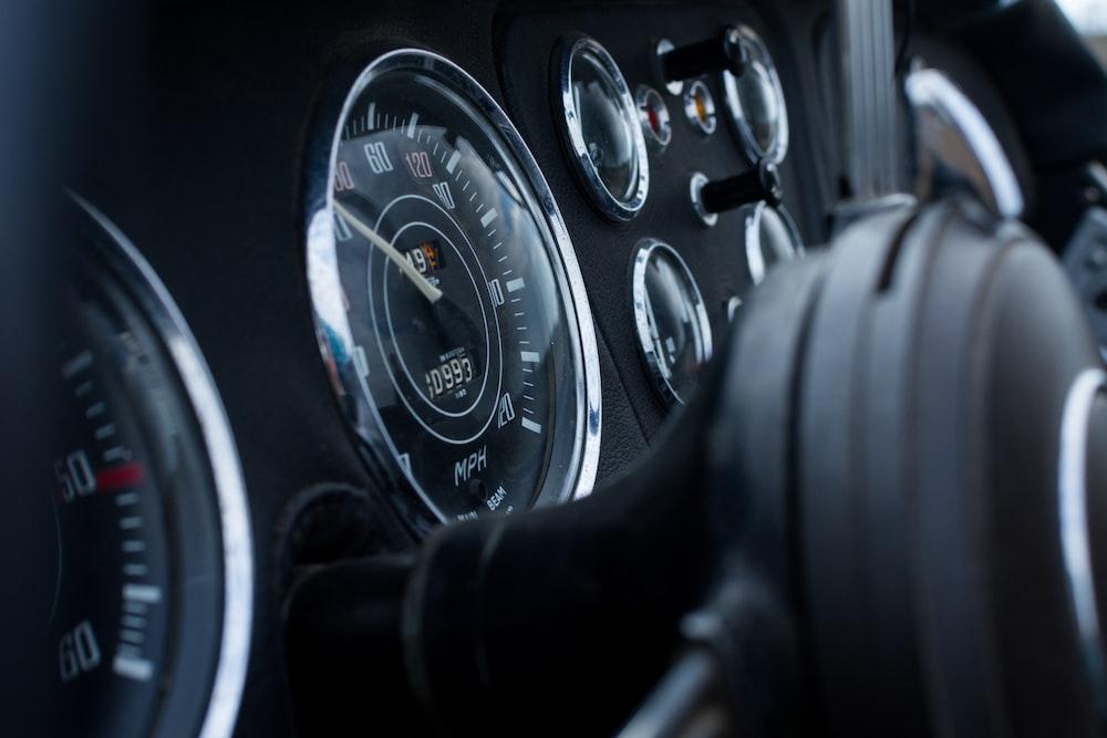 car cluster gauge
