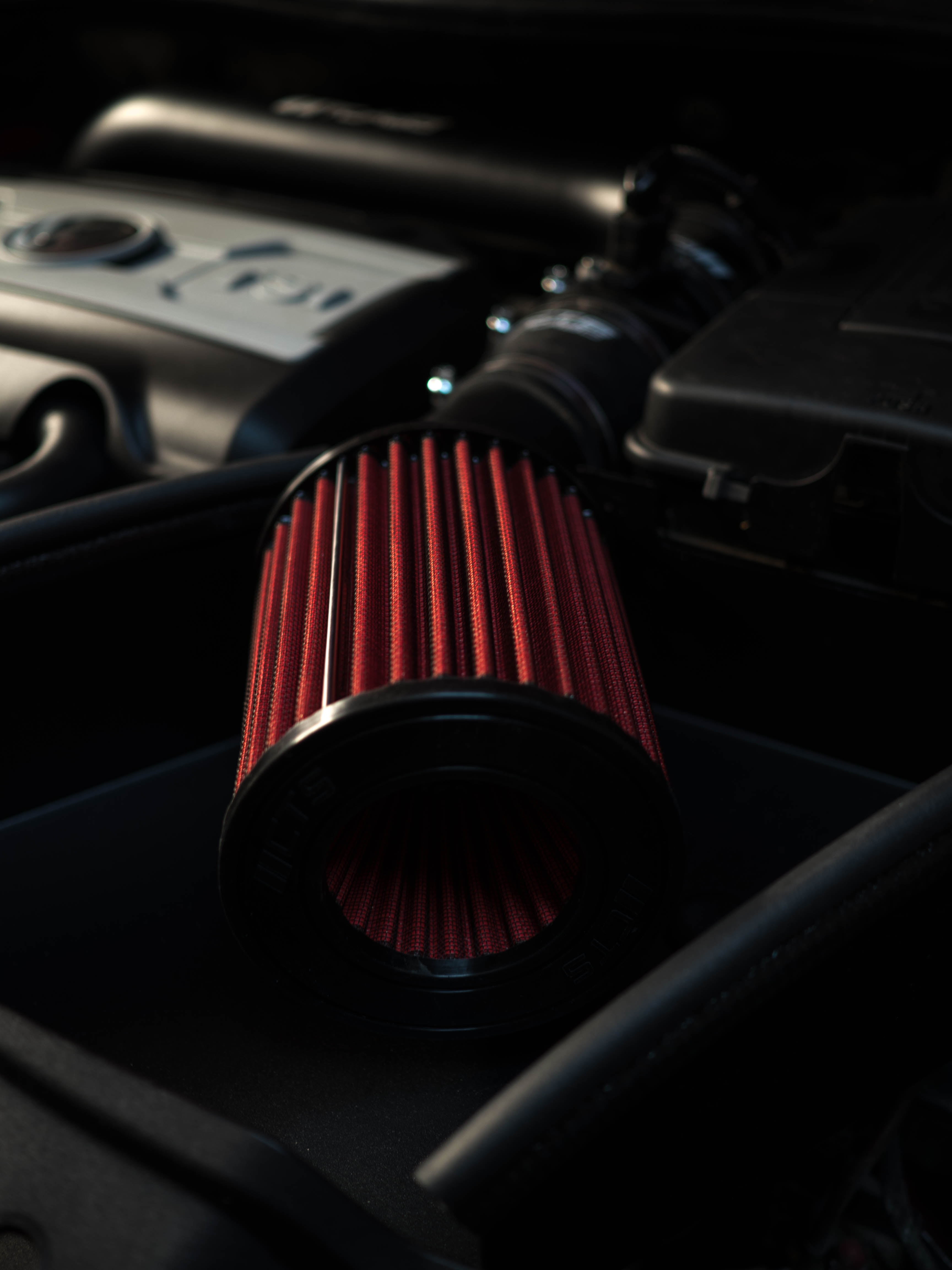 selective focus of red air filter