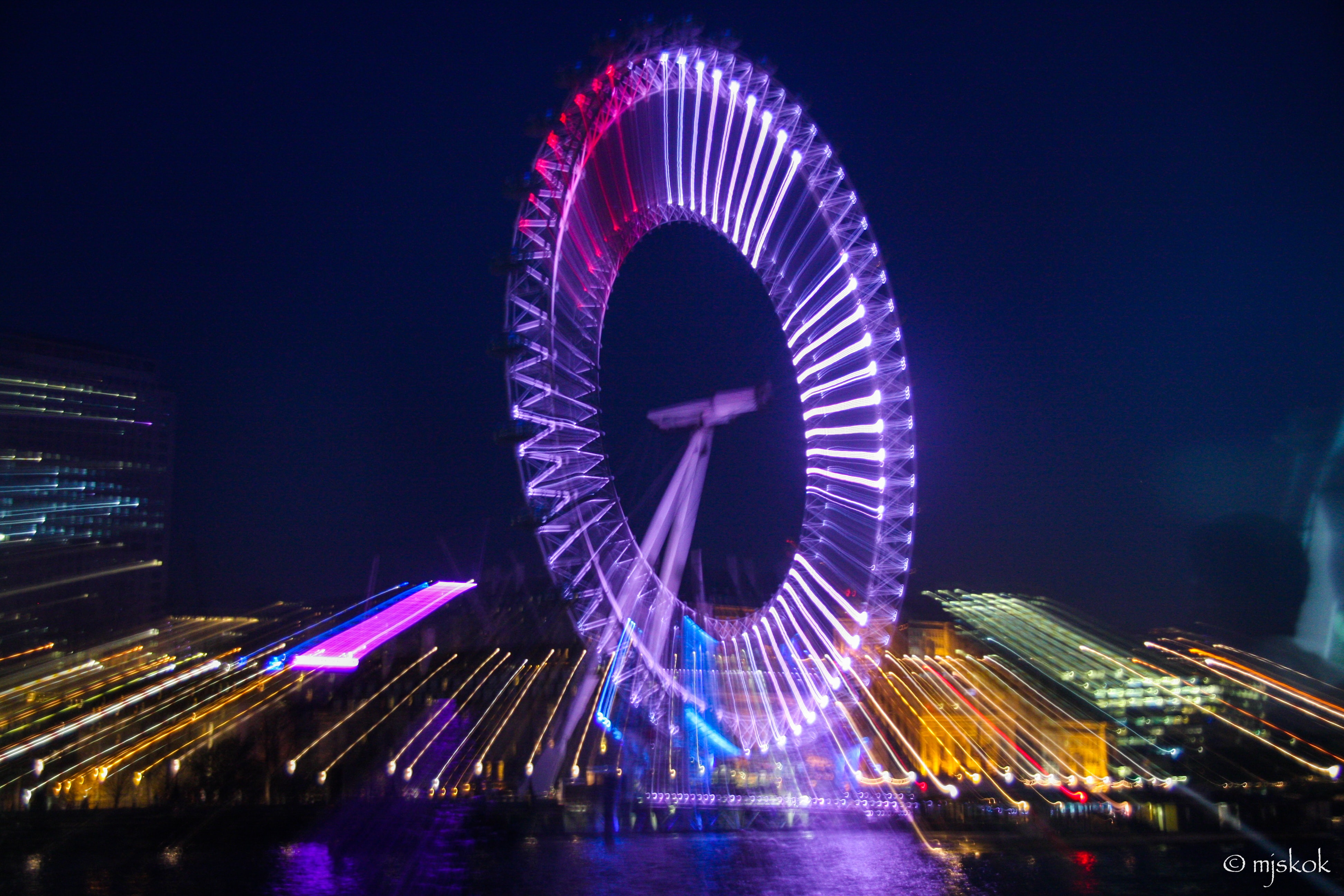 time-lapse photography Ferris wheel during night