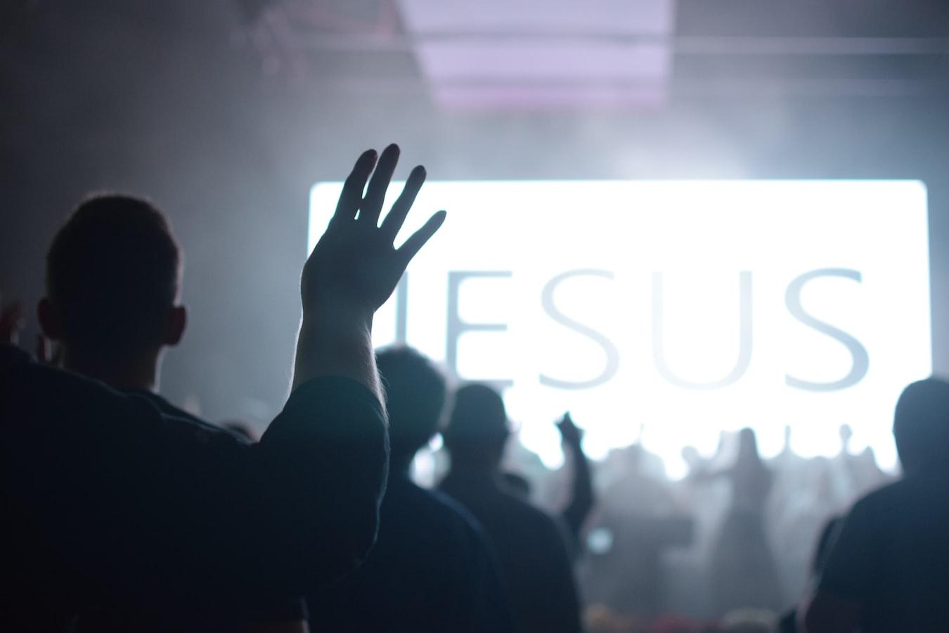 Deputado e pastor Abílio Santana suspende cultos em todas as Assembleias de Deus