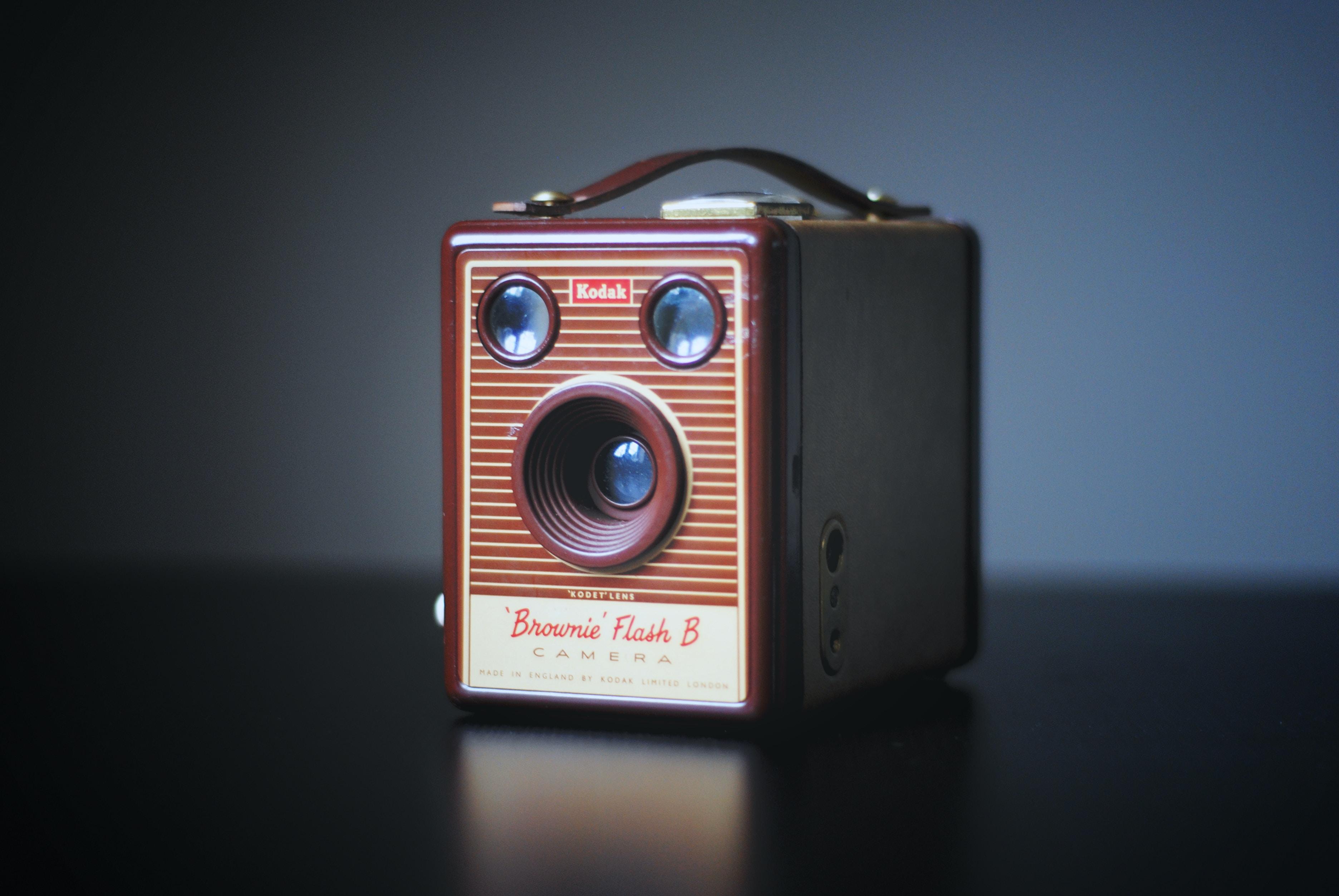 brown Brownie Flash B camera