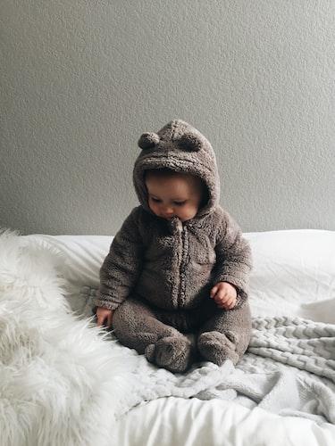 Un petit bébé. | Photo : Unsplash
