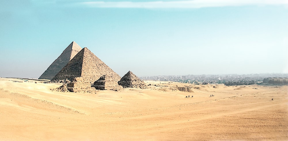 Pyramid of Giza during daytime