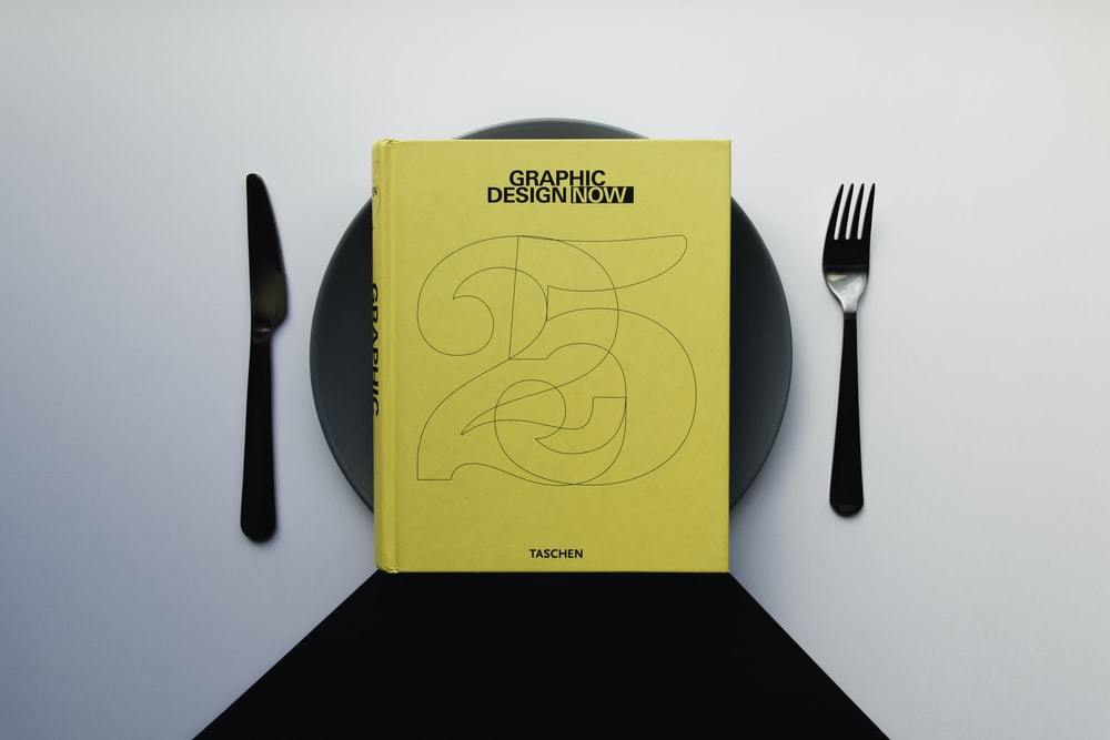 Graphic Design now book on black plate