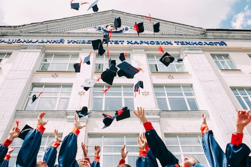 因為憂鬱離開大學,學歷無法代表一切