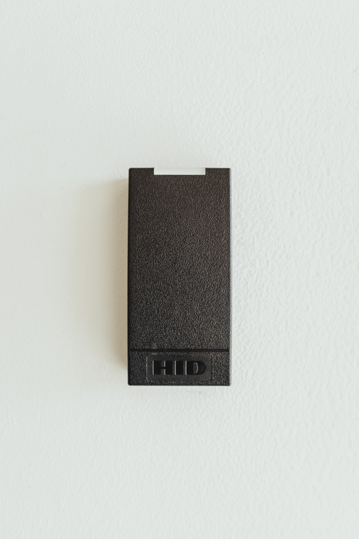 black HID case