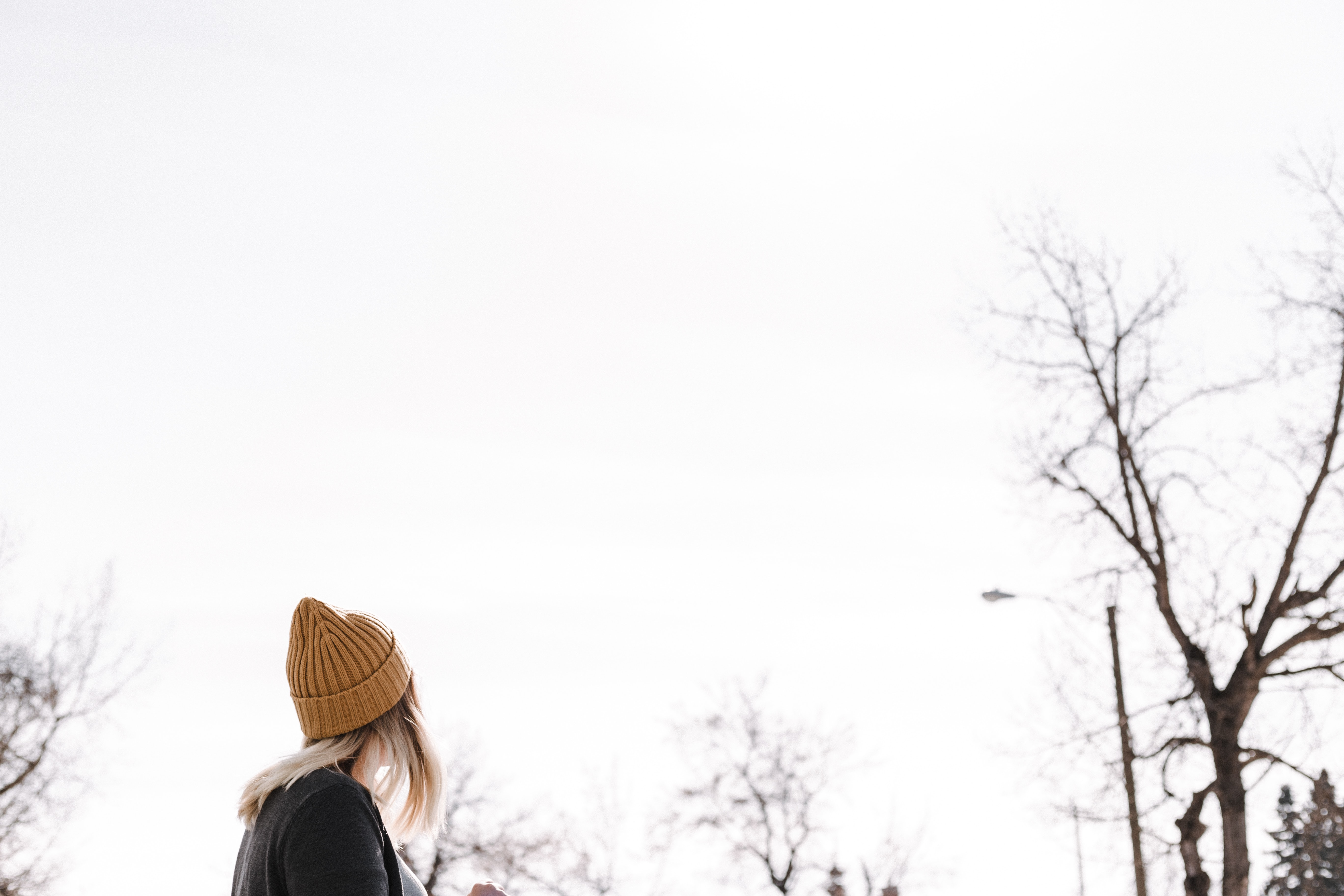 woman wearing brown beanie during daytime