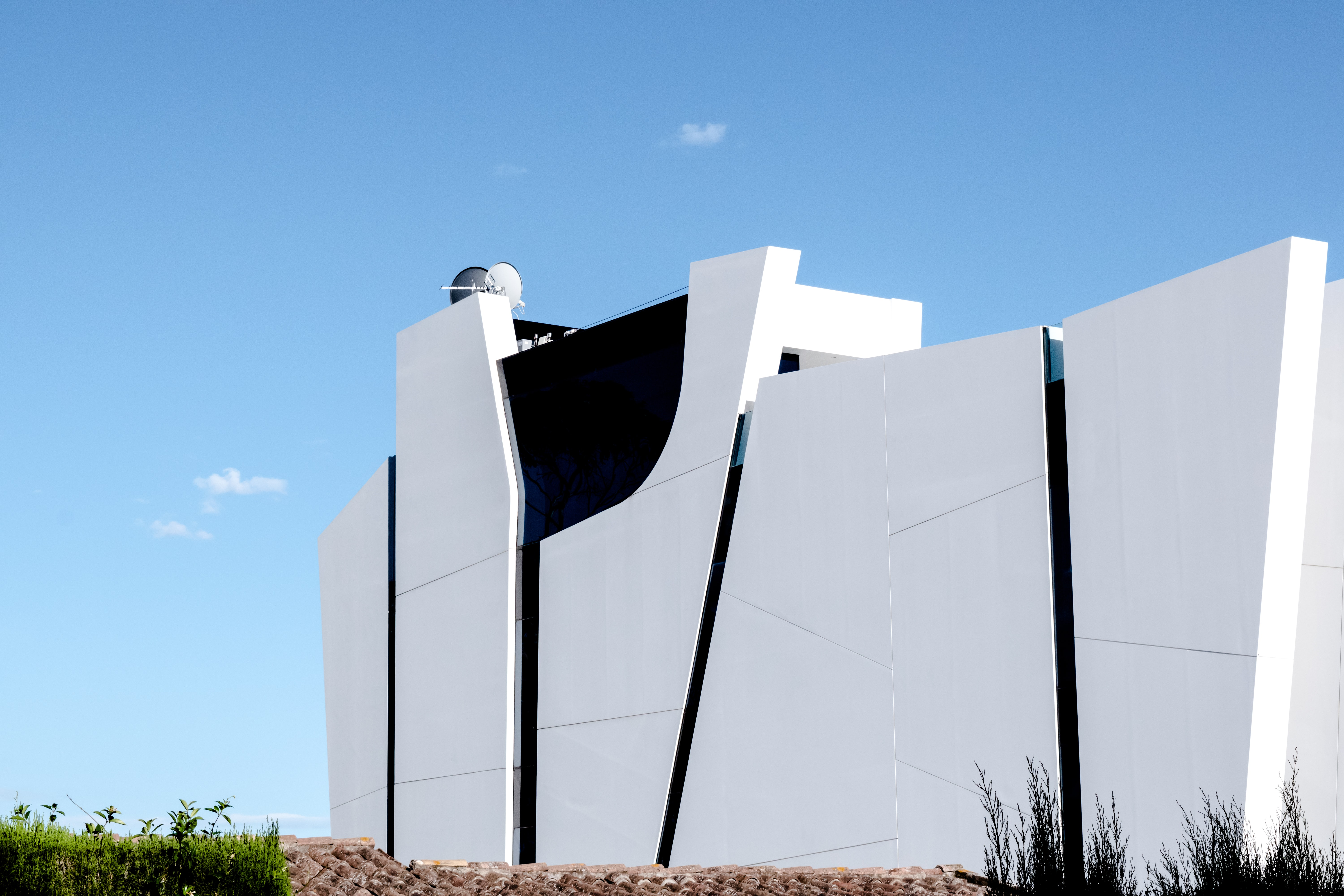 white painted building during daytime