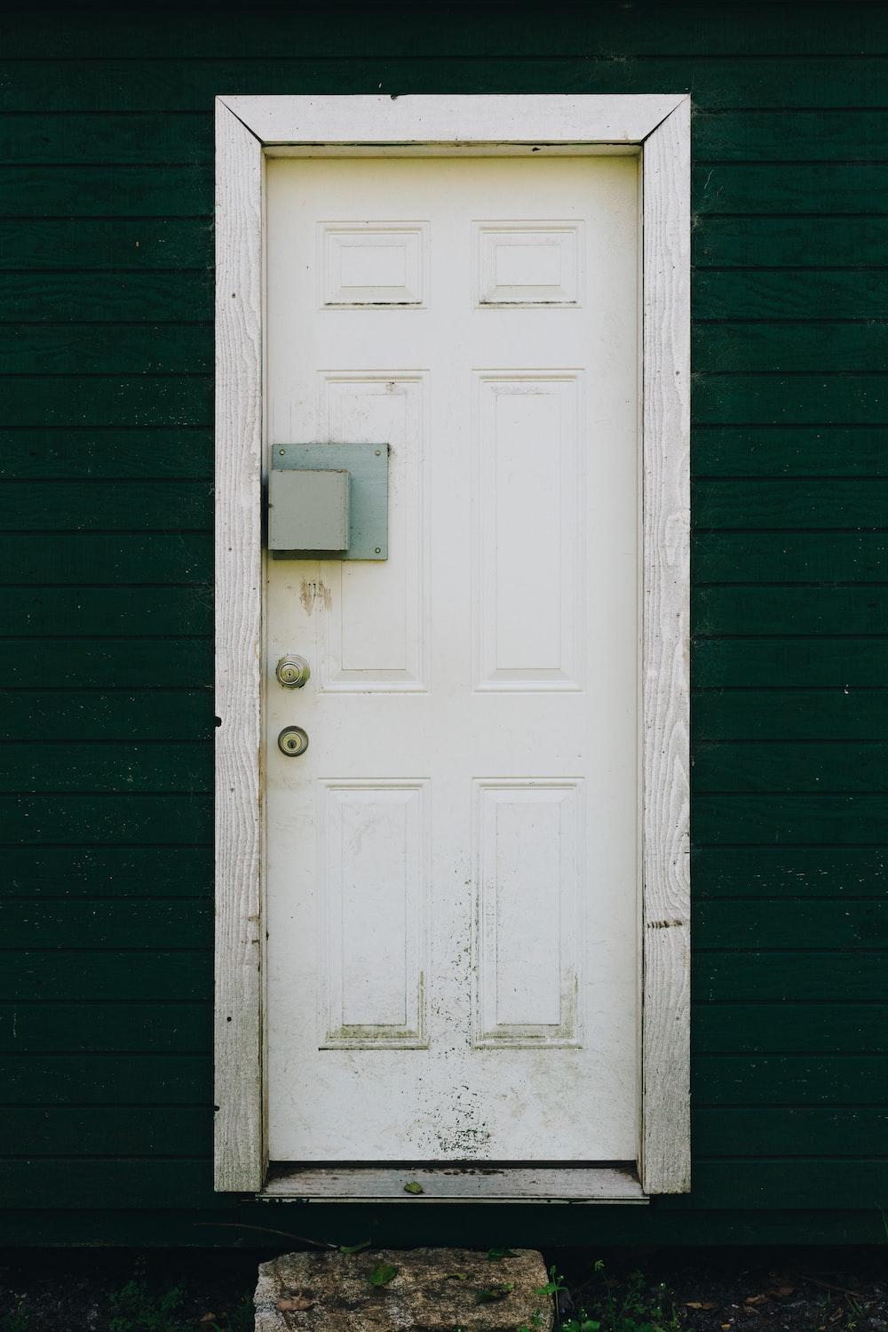 500+ Wood Door Pictures | Download Free Images on Unsplash