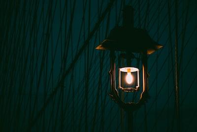 brown light post post-impressionism zoom background