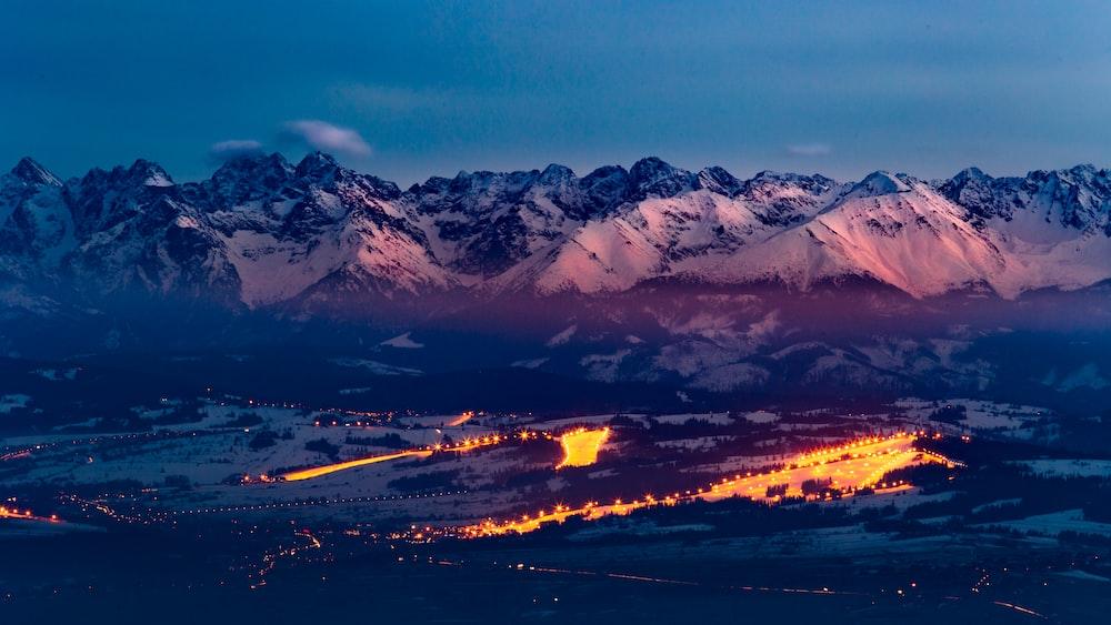 photography of white mountain