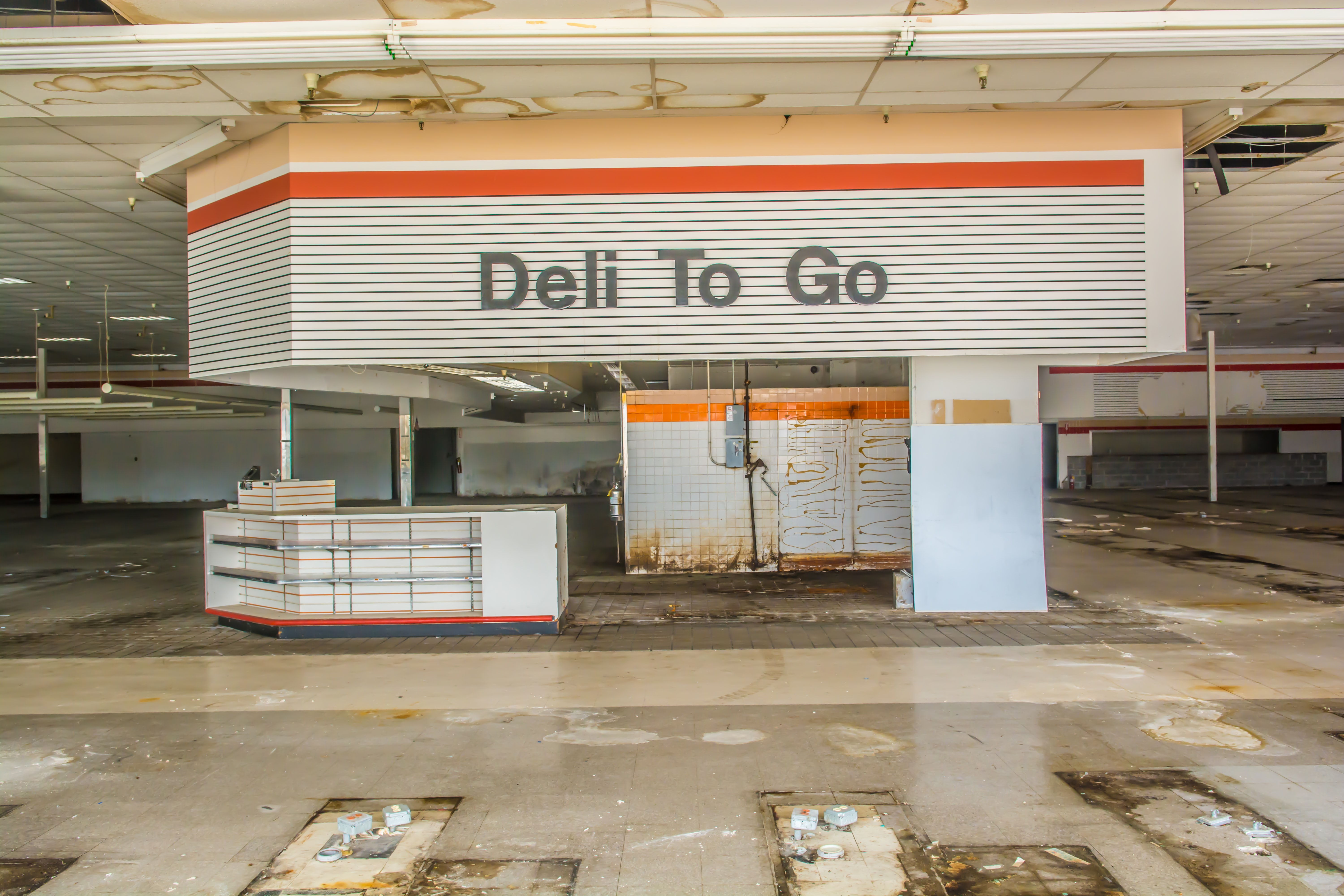 Deli To Go building