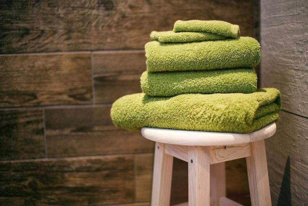 緑のタオル4枚