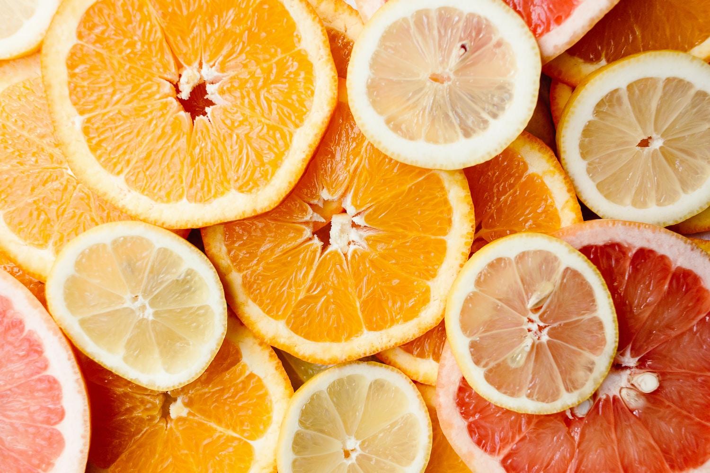 fruta cortada naranjas