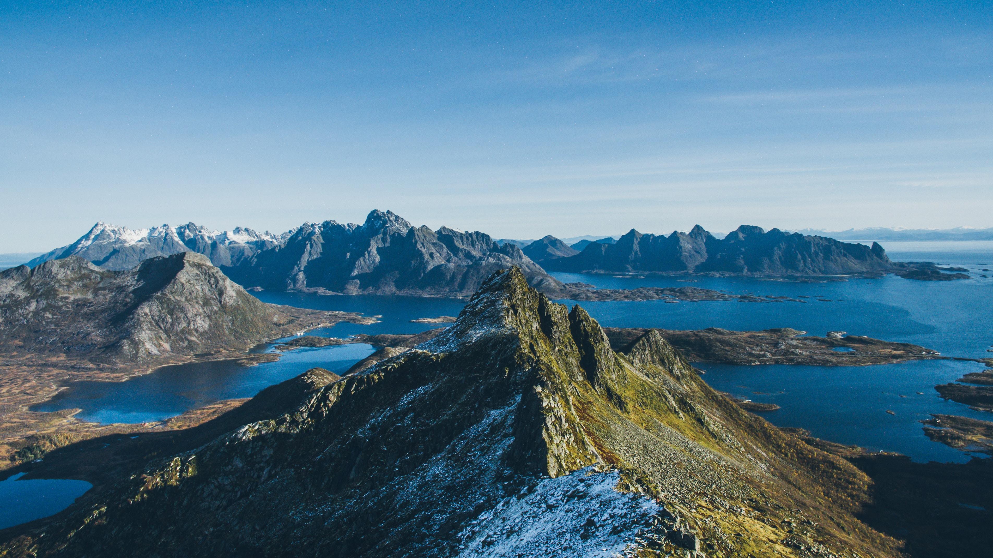 landscape photo of mountains