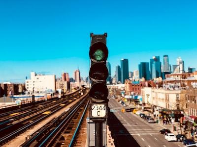 green Go traffic light