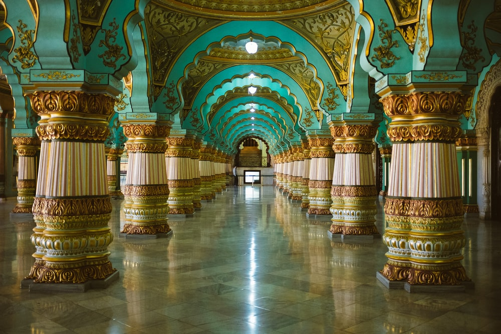 teal and gold floral dome pillar interior