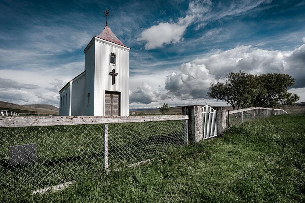 white wooden church at daytime