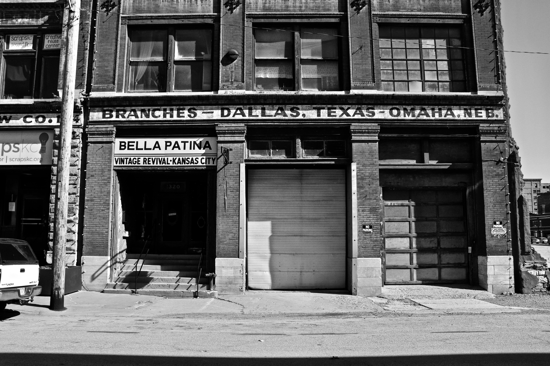 Braches Dallas, Texas Omaha building screengrab