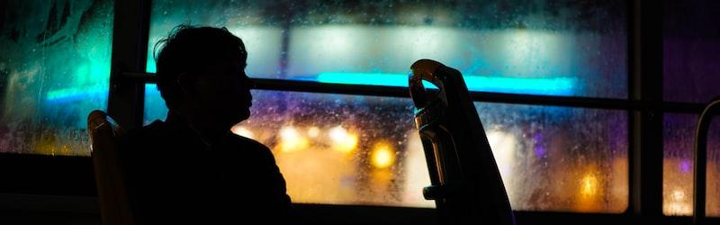 軽井沢スキーバス転落事故の全貌。数多くの犠牲者を出したバス事故の問題点や影響とは?