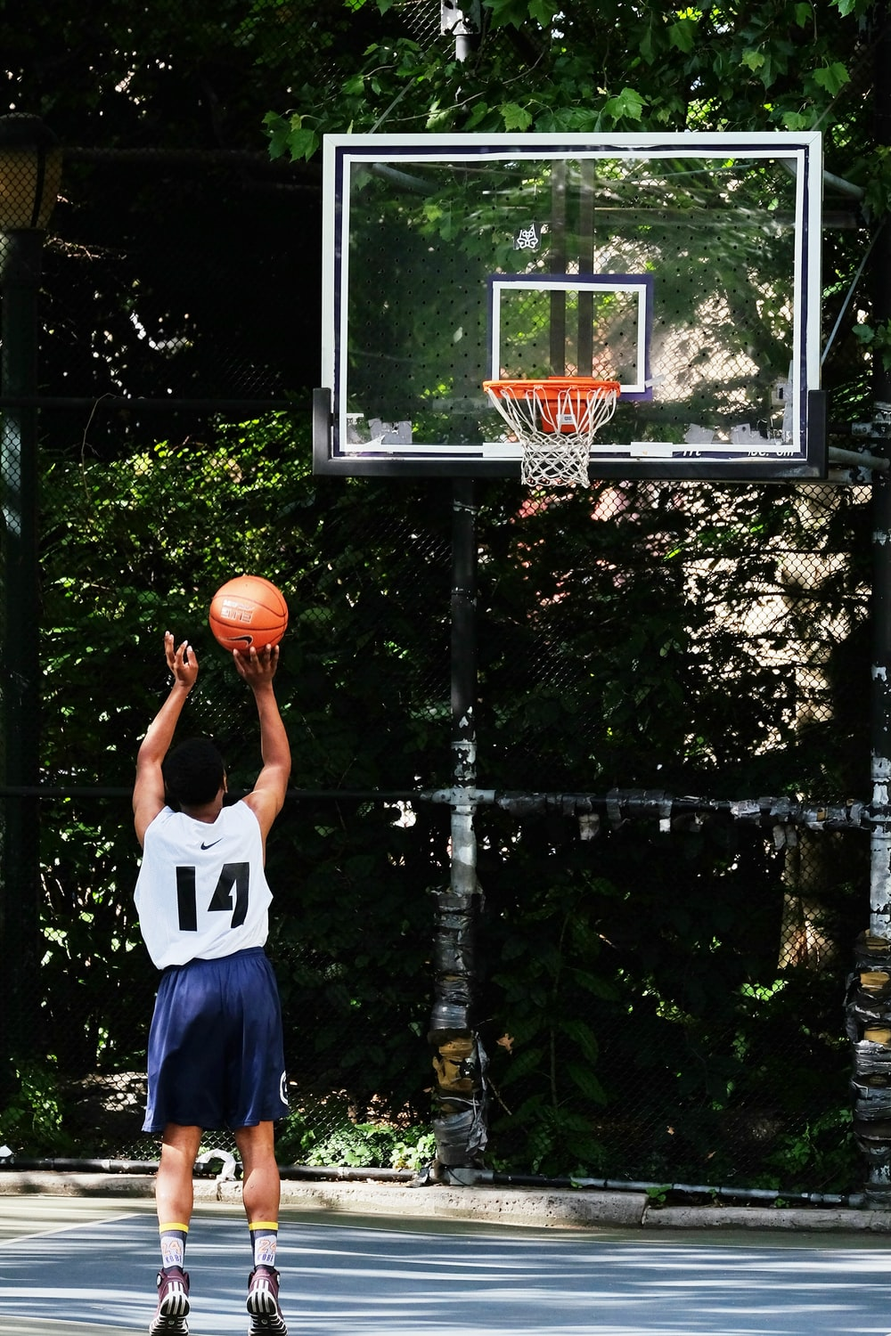 black portable basketball hoop