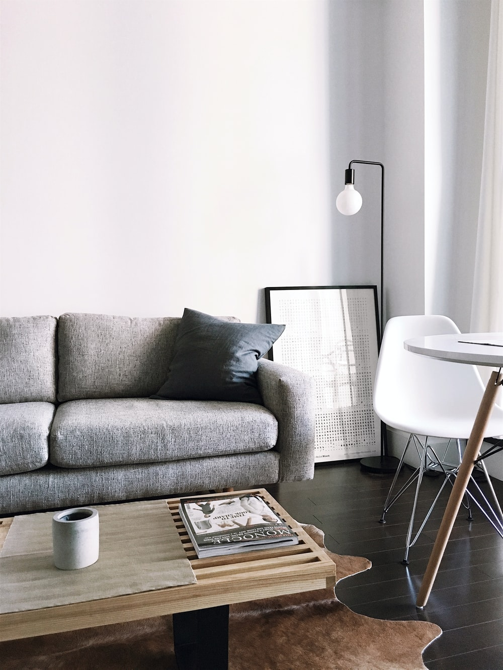 Prime Gray Fabric Sofa Photo Free Furniture Image On Unsplash Pabps2019 Chair Design Images Pabps2019Com