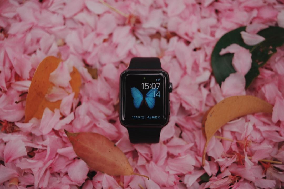 space black aluminum case Apple Watch with black u003cbu003eSportu003c/bu003e Band on ...
