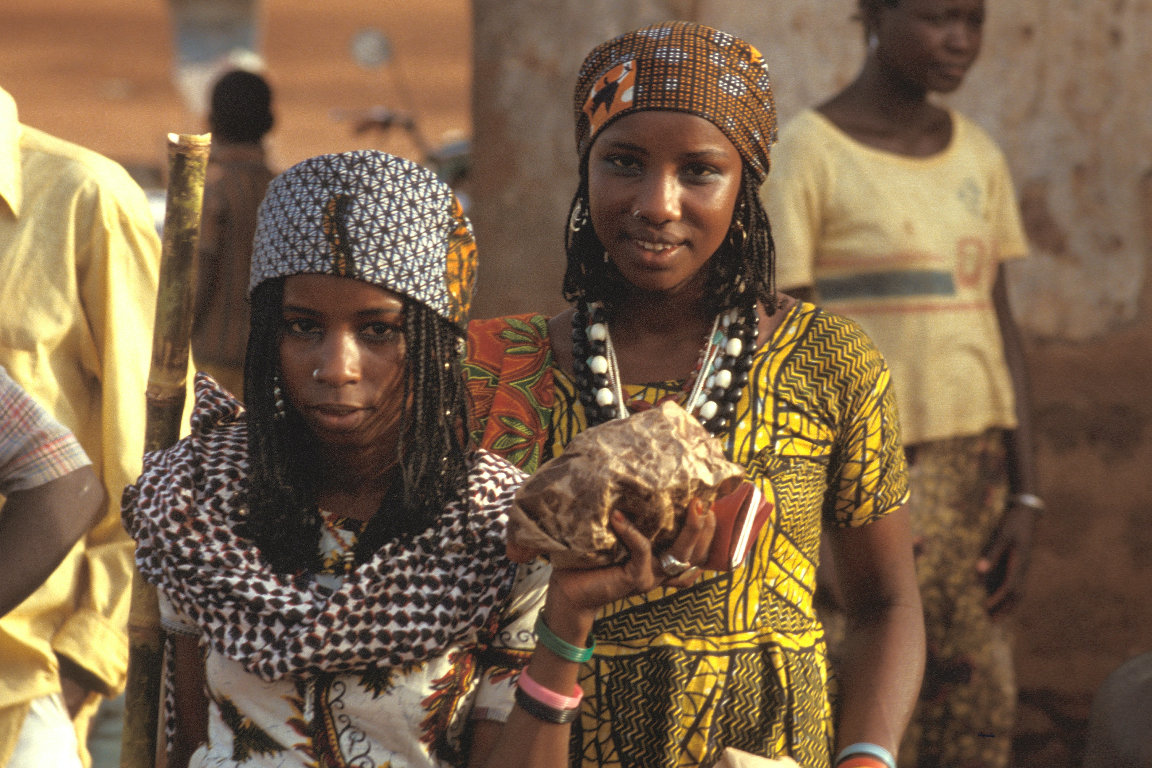 girl's brown and white traditional dresses