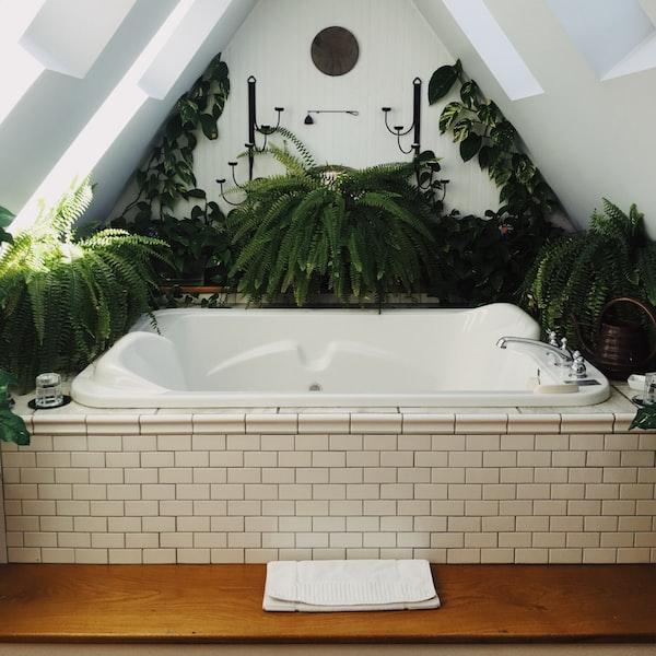 Sanita kúpeľne: význam štýlu a subjektívneho vkusu
