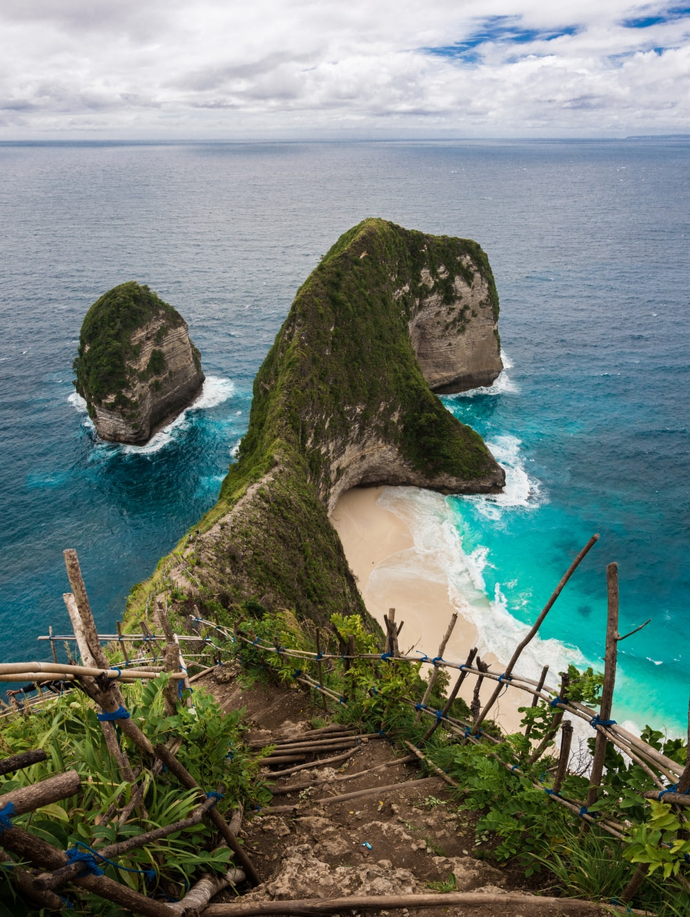 Kelingking Beach Indonesia Pictures Download Free Images