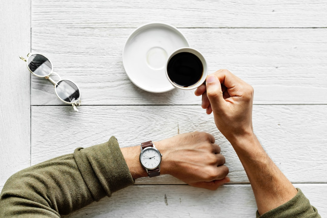 6 Maneiras em que Modelos Prontos de Documento Economizam Tempo e Esforço