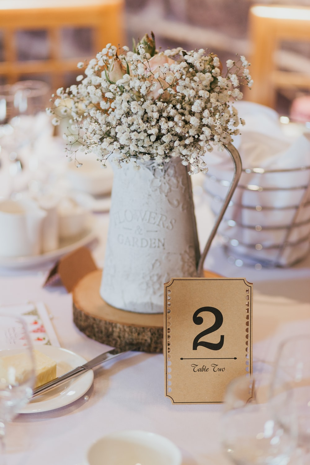Wedding Dinner Table Flower Photo By Photos By Lanty