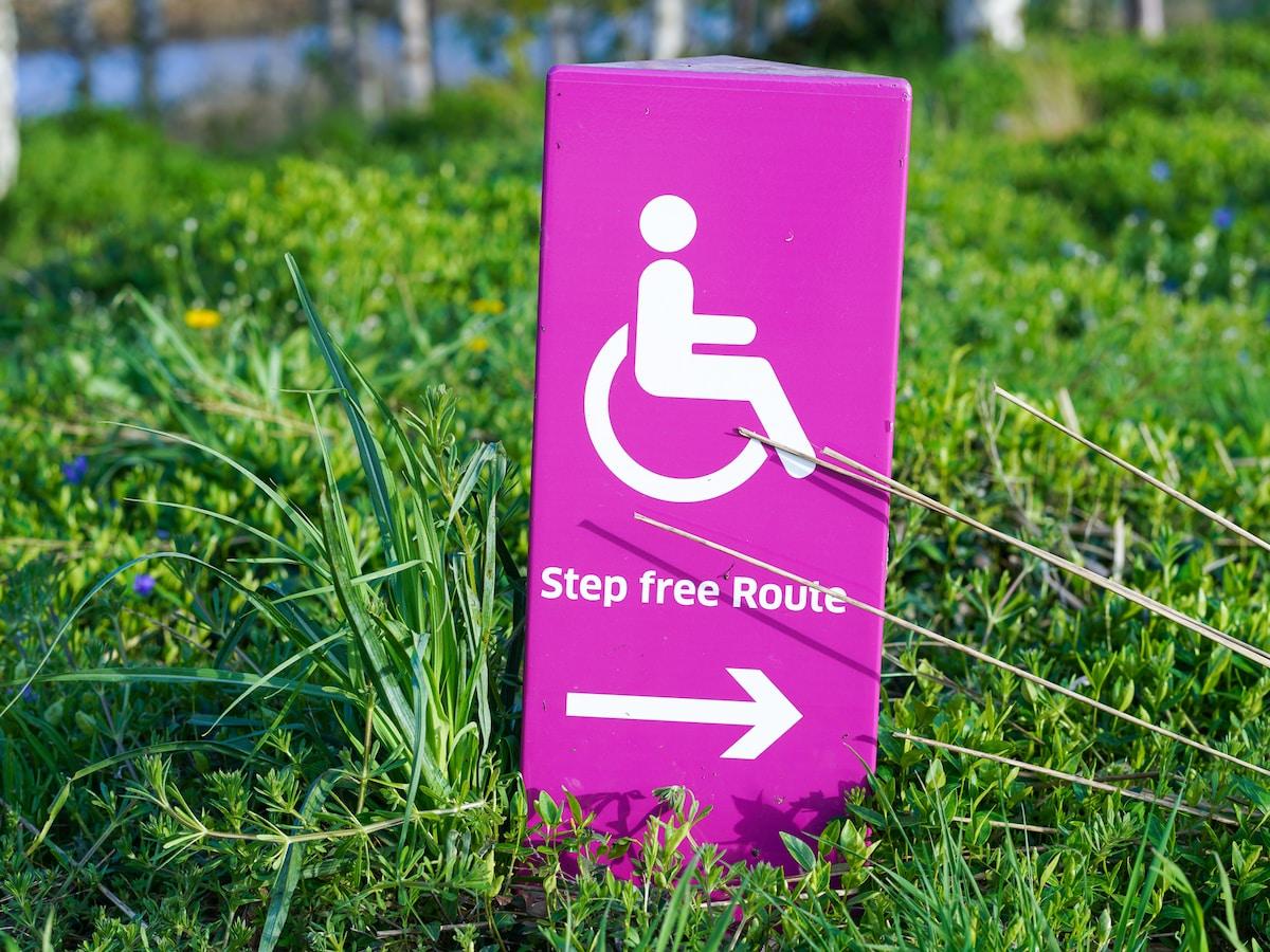 focus sur les associations soutenant les handicapes et leurs familles  Soyons solidaire