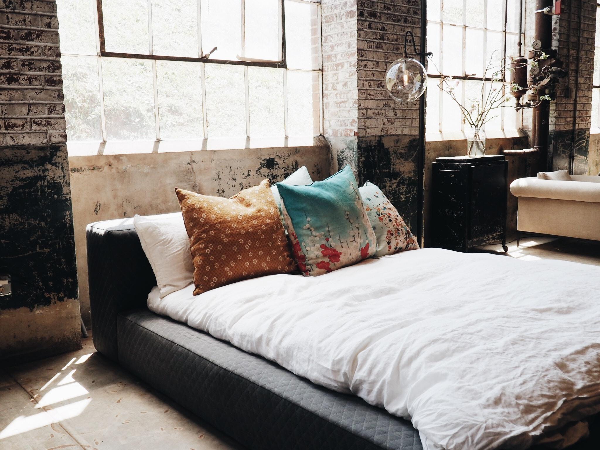 Faire son lit le matin