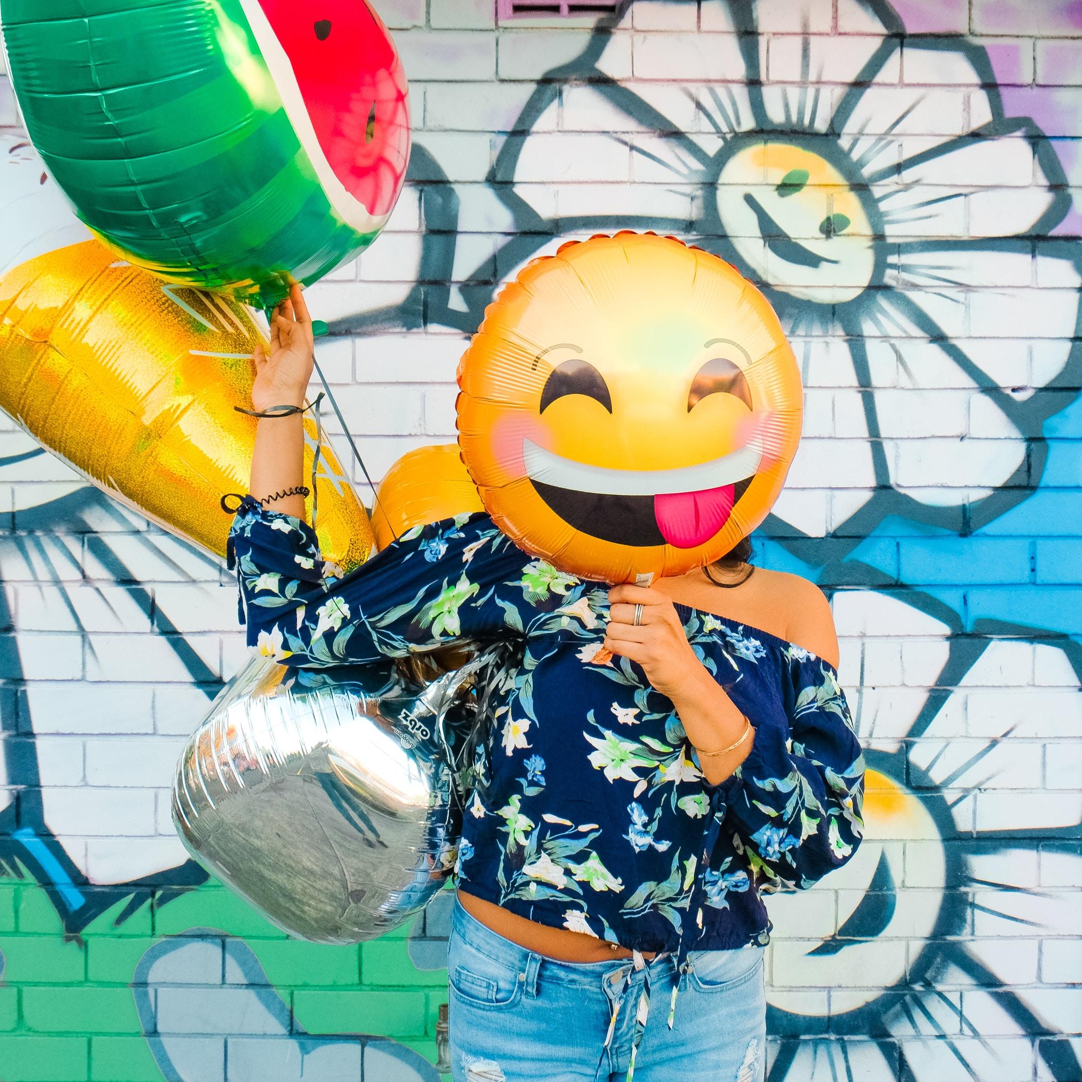 The tongue out emoji balloon