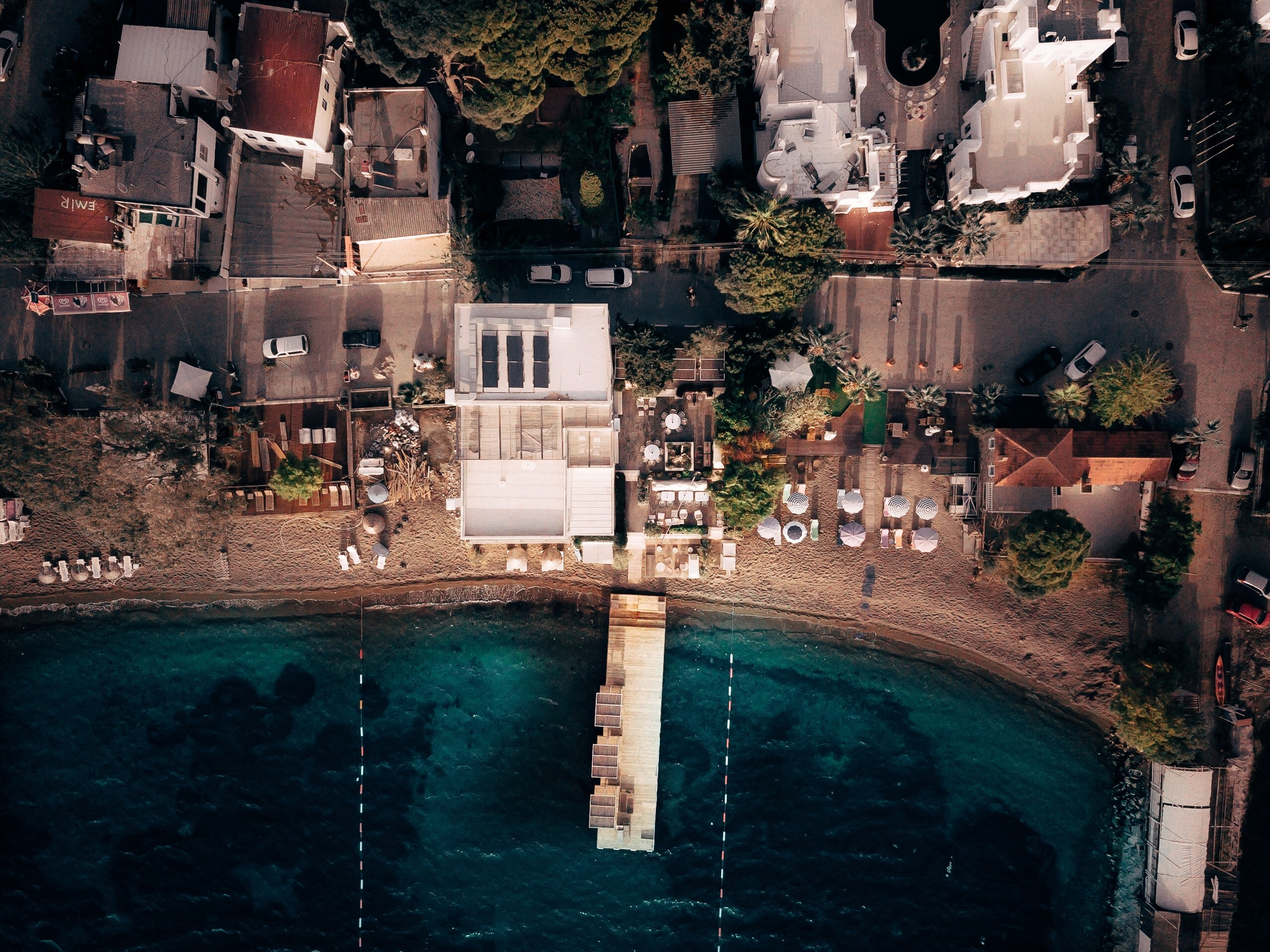aerial photography of building near sea at daytime