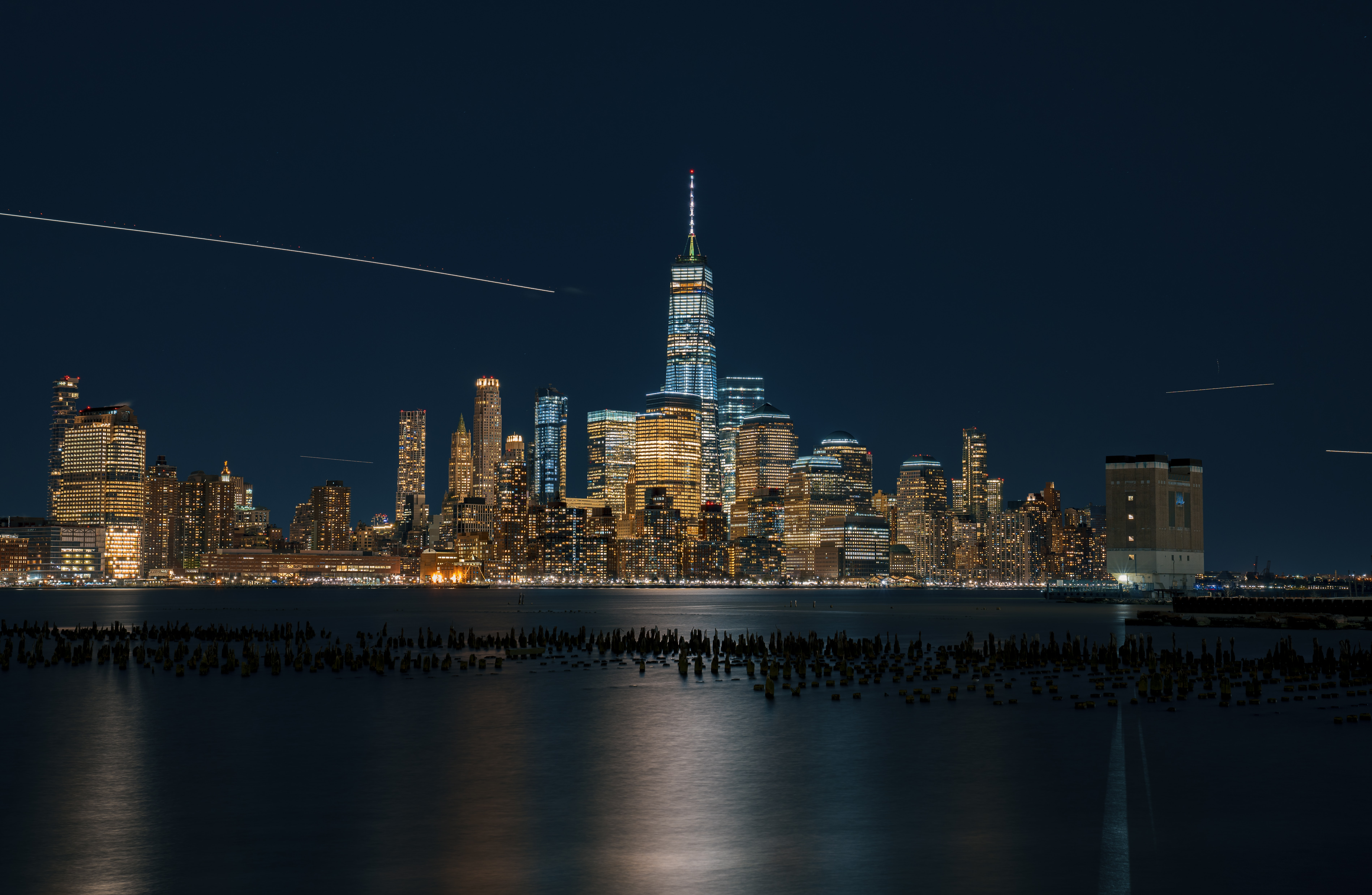 time lapse photography of skyscraper