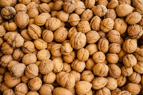 Walnuts may help lower BP for those at risk of heart disease