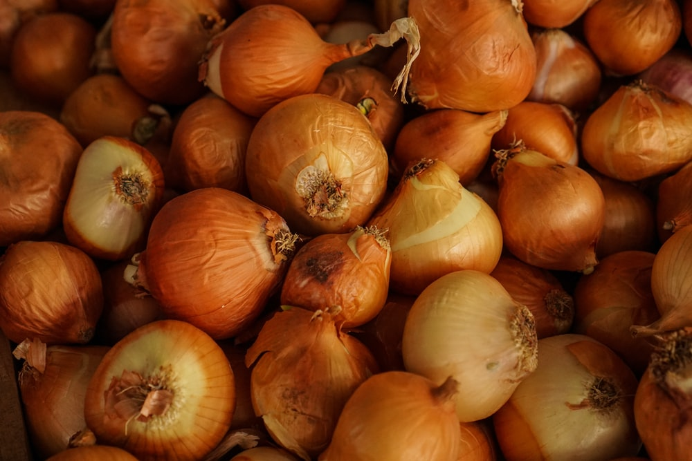 stack of onion bulbs