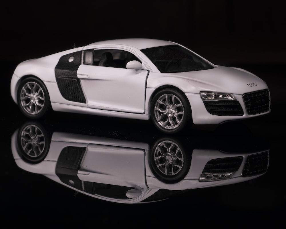 white Audi coupe wallpaper