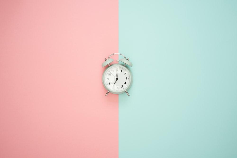 シルバーベル目覚まし時計