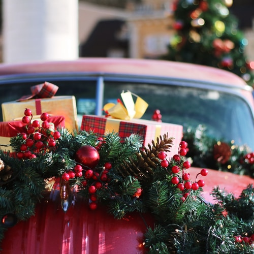 Tips for booking your holiday travel