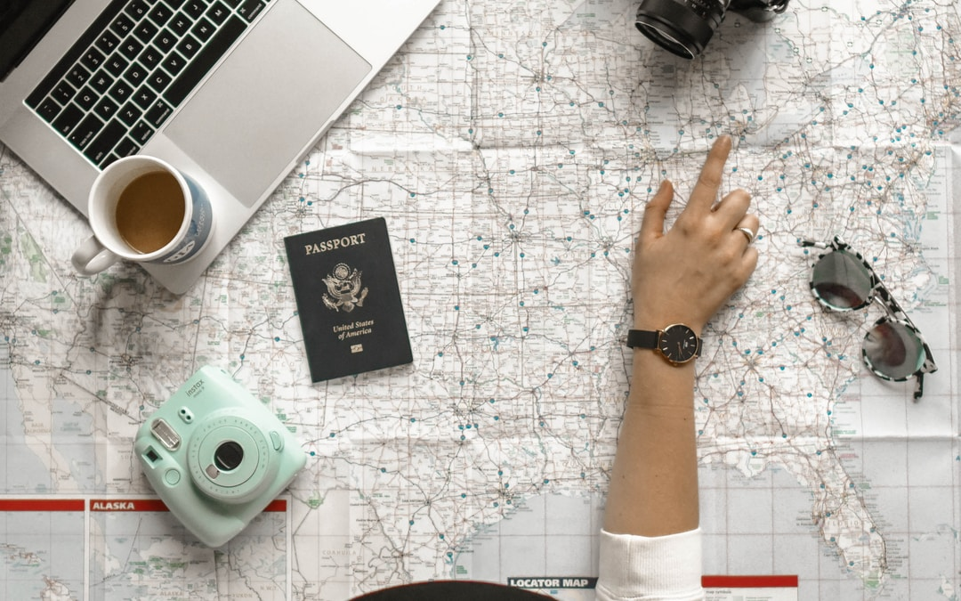 How to become a travelling celebrant