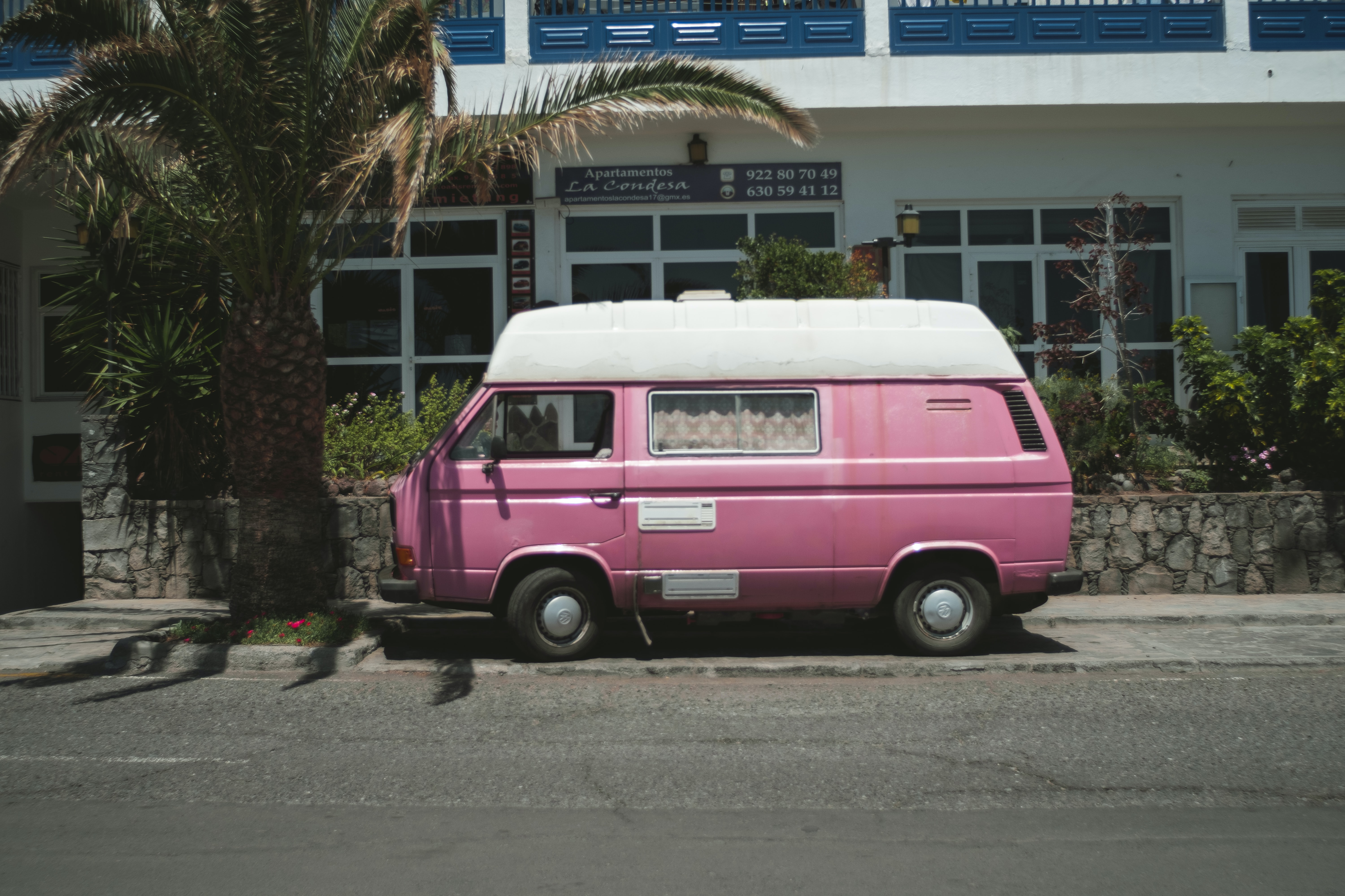 pink and white truck